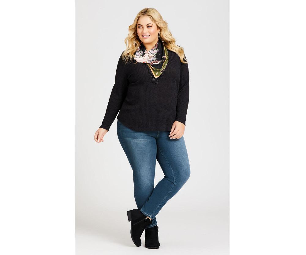 Introducing Avenue - plus size fashion
