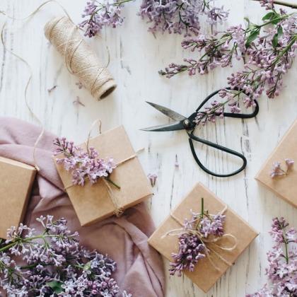 8 Creative Birthday Gift Ideas Plus Size Fashion
