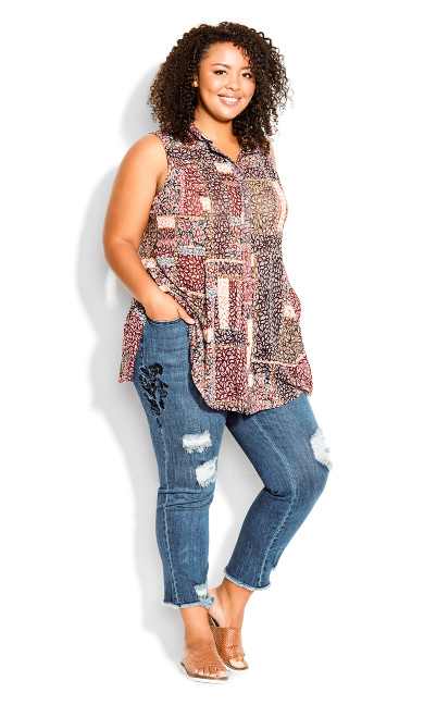 Plus Size Embroidered Turn Up Capri mid wash