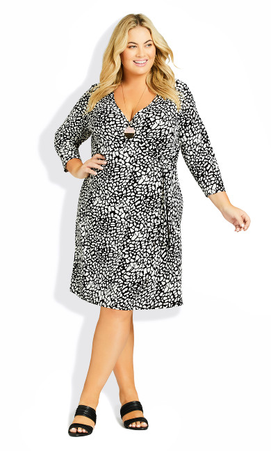 Plus Size Darna Wrap Print Dress - mono spot