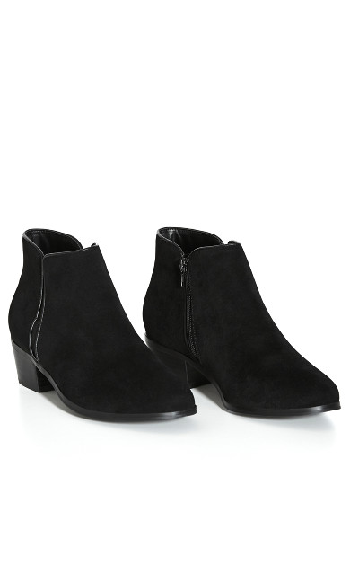 EXTRA WIDE FIT Beyond Ankle Boot - black