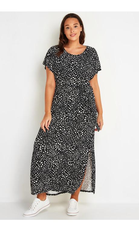 Shop Women's Plus Size Printed T-Shirt Maxi Dress Black